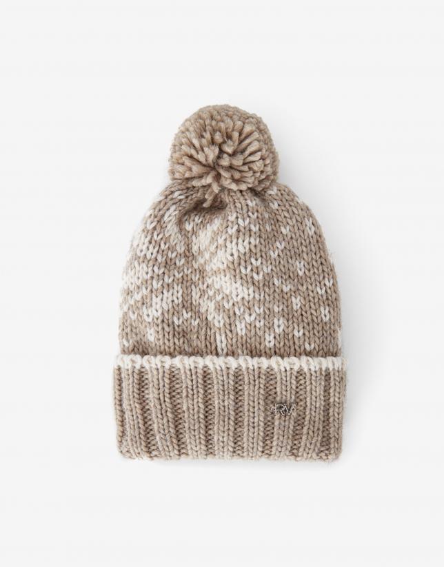Beige wool alpine cap