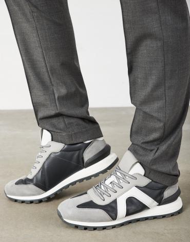 Zapatilla deportiva pieles grises