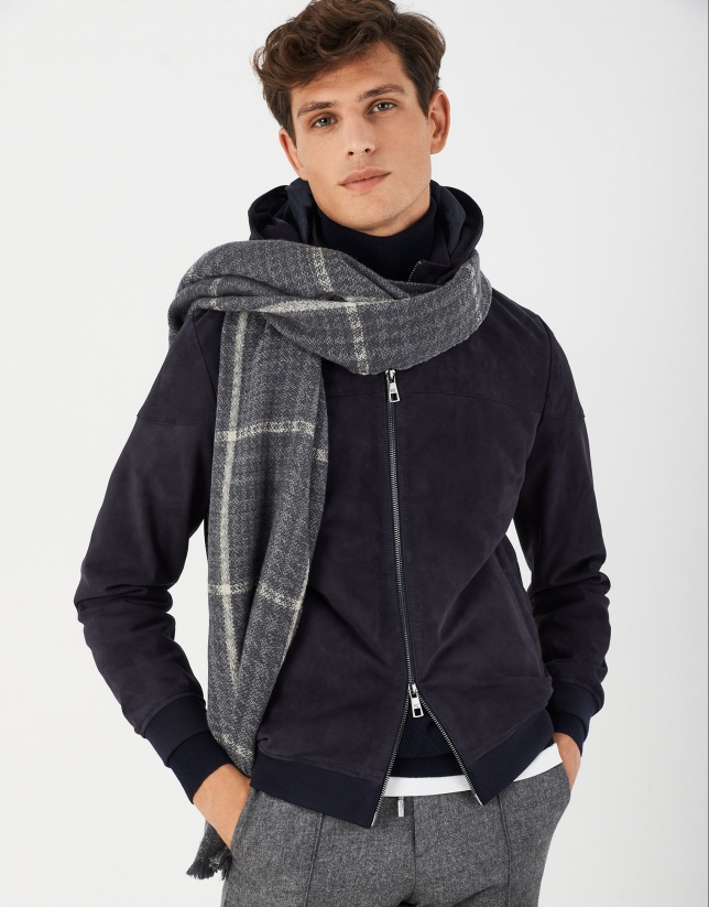 Gray checked and houndstooth wool scarf