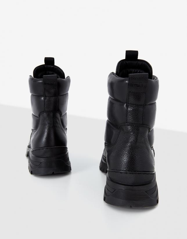 Black mountain boots