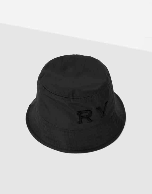 Black nylon bucket cap