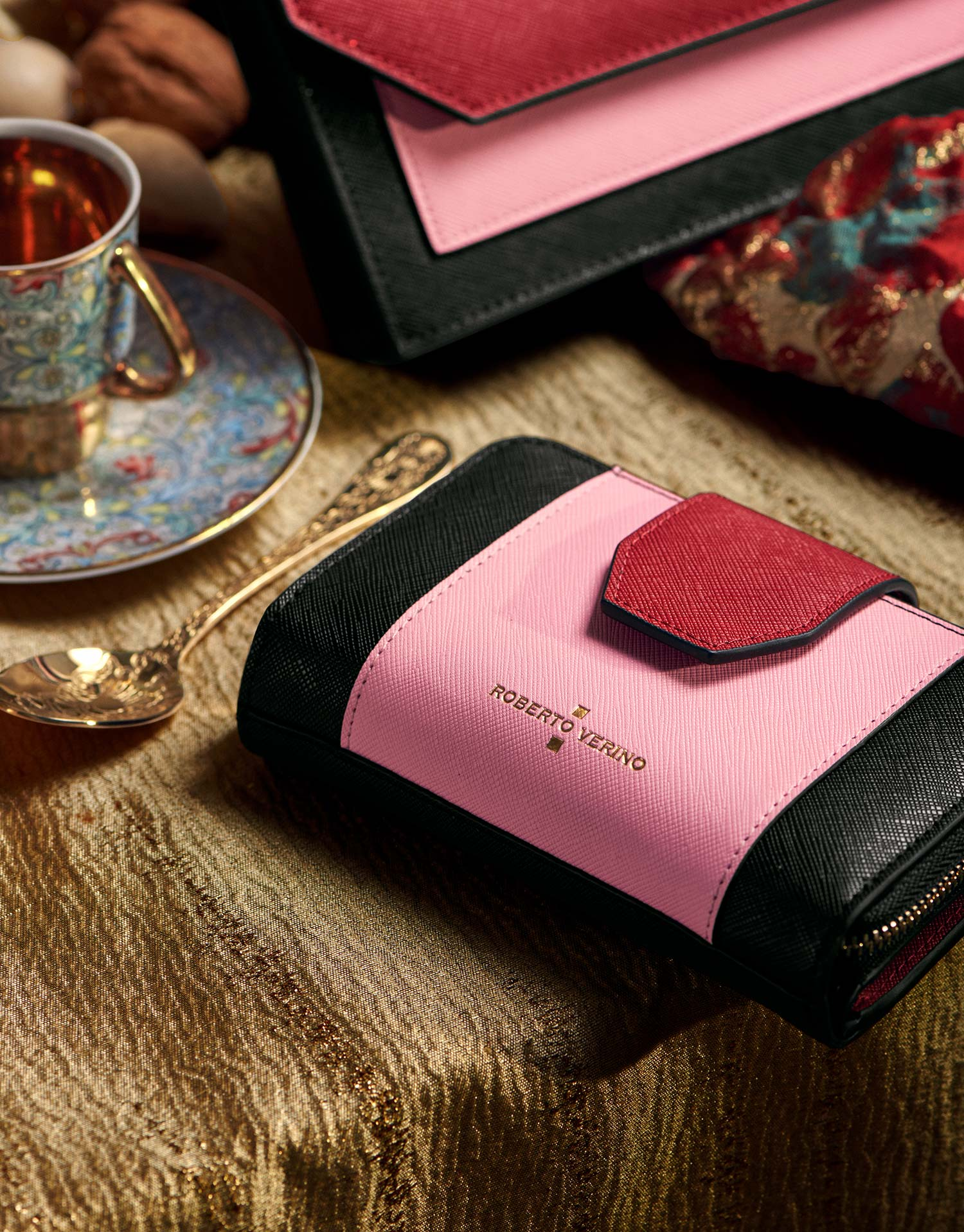 Three colors saffiano leather Orchidees wallet